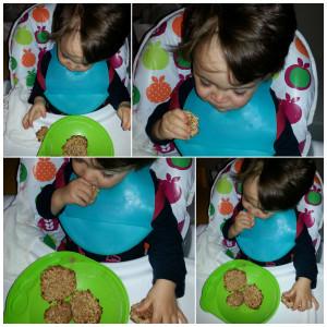 eriquissimo comendo biscoito de banana com quinoa e aveia
