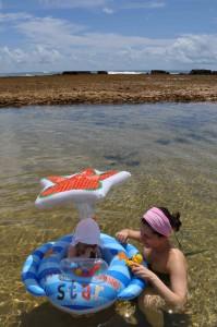 piscina natural na praia do tocossauro o pequeno viajante com a mamae