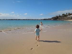 pititico na playa flamingo lanzarote o pequeno viajante as melhores viagens do eric