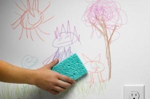 rabiscos na parede 5 Itens Que Limpam a Bagunça do Seu Filho Como Magica