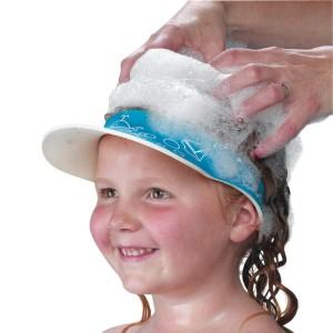 viseira de shampoo 10 Engenhocas Que Vao Facilitar o Banho do Seu Filho (de 0 a 3 anos) mamae tagarela
