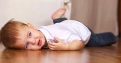 Meu Filho Bate Com a Cabeca Contra a Parede Por que