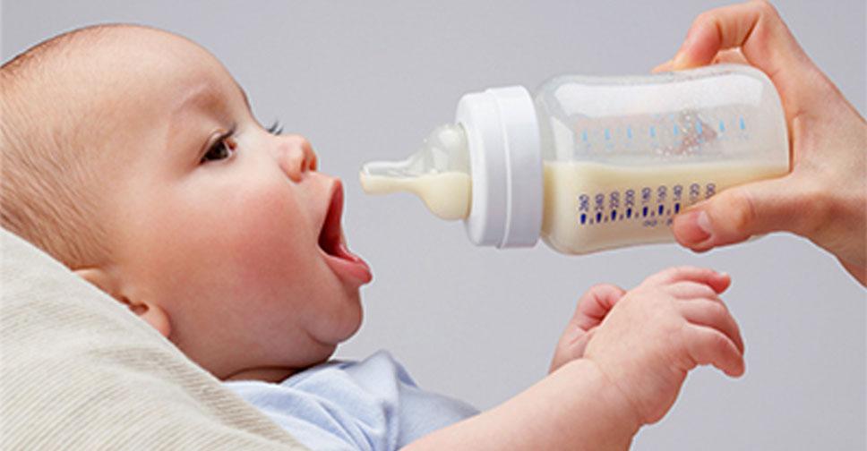 11 dicas para dar leite artificial com seguranca