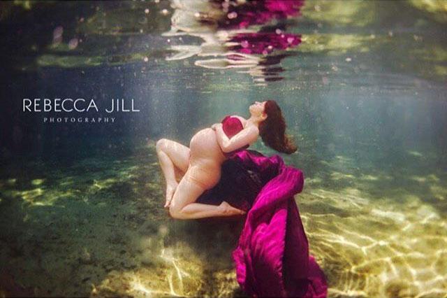 Ensaio Gestante Subaquático 07 - Rebecca Jill Photography