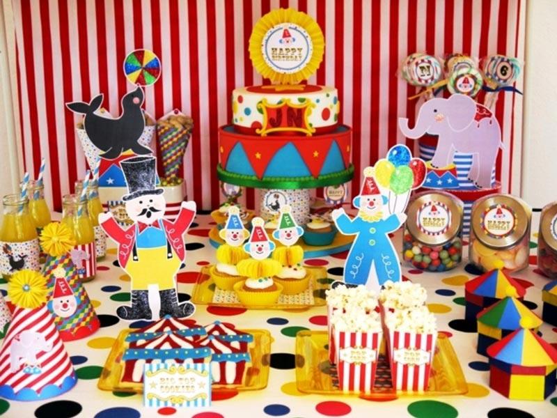 Tema-de-Festa-Infantil-Criativa-Um-dia-no-circo