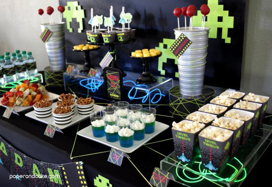 Tema-de-Festa-Infantil-Criativa-Video-game-space-invaders