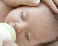 Uma Carta Para um Bebê Amamentado por Mamadeira