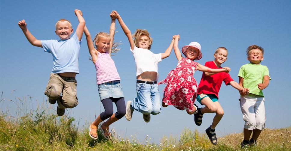 60 Passos Para Criar uma Criança Feliz (Dicas de Uma Psicóloga)